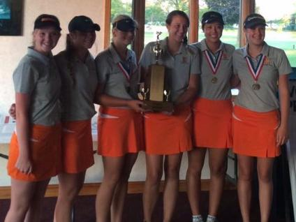 Claire Tevis (9), Megan Egenes(12),  Jenna DeMay(11),  Cheyenne Broquard(12), Claire Crabill(10), Allison Enchelmayer(9) with their accolades after winning the Intercity Golf Championship.
