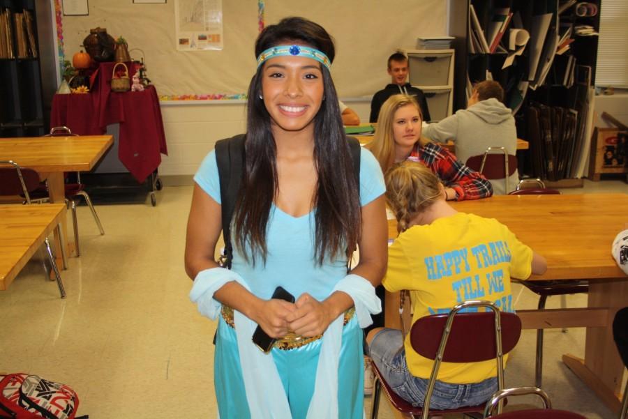 Nicole Rojas (12) as Jasmine from Aladdin