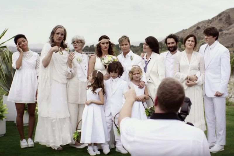 The 'Transparent' premiere offers a small snapshot of the family drama that will play out in season two.
