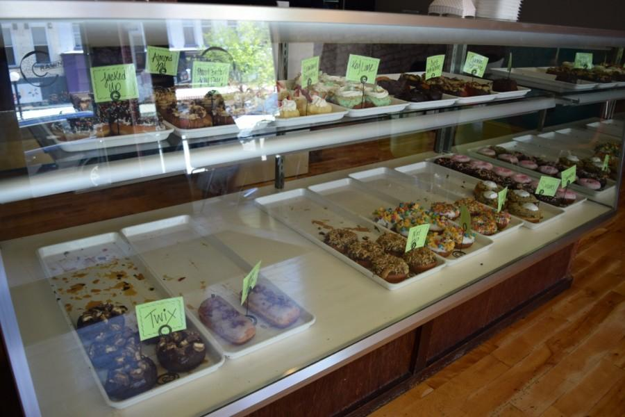 The+store+offers+around+16+different+specialty+donut+flavors+daily.