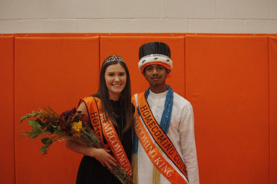 Homecoming+king+and+queen+crowned