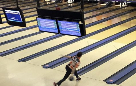 Senior places 71st in IHSA State bowling competition