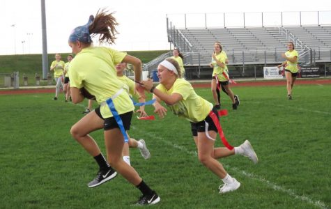 Photo gallery: Powder puff game