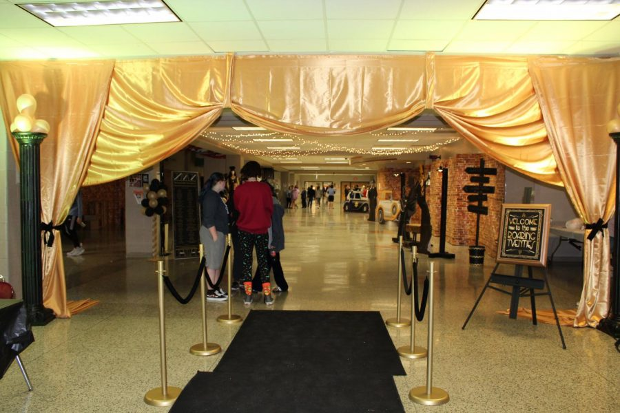 Entrance to the Roaring Twenties-themed After-Prom.