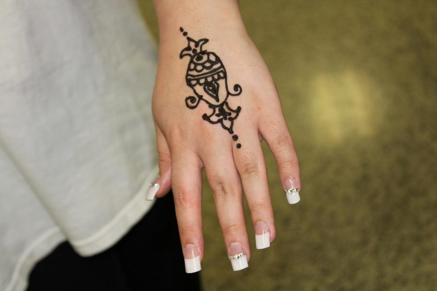 Students show off their henna.
