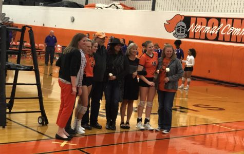 Photo Gallery: Volleyball celebrates senior night, win over Bloomington