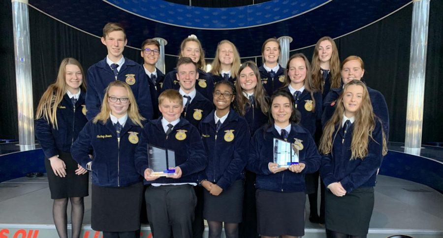 FFA members pose with their award.